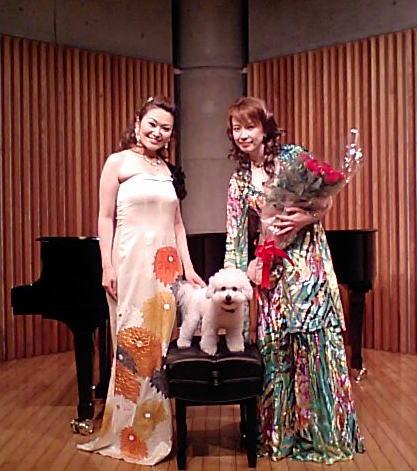 http://www.musicasa.co.jp/blanc_blog/100629_2.jpg
