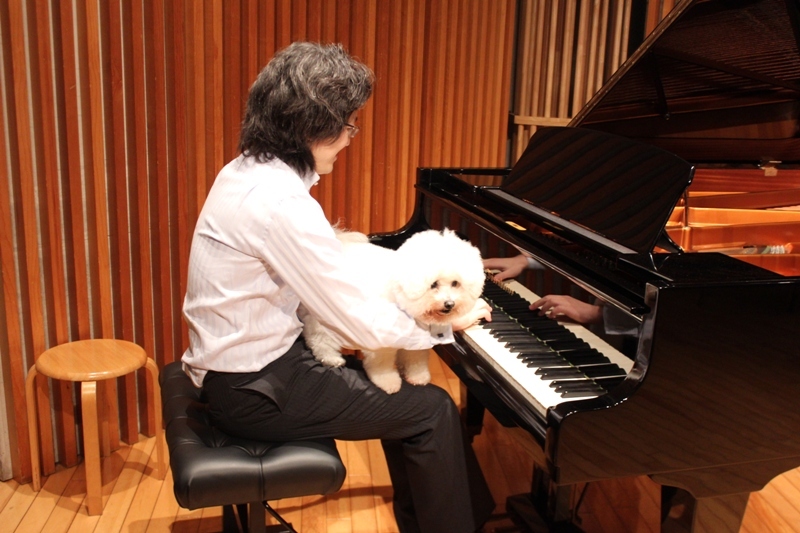 http://www.musicasa.co.jp/blanc_blog/131115_2.JPG