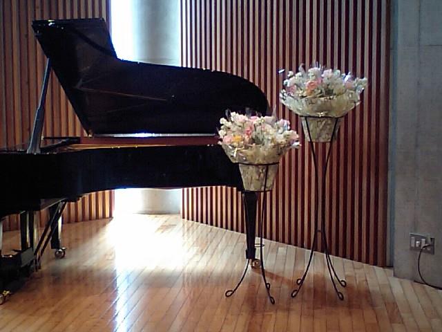 http://www.musicasa.co.jp/topics/100320%E3%83%A0%E3%82%AE%E3%83%8F%E3%83%8A2.JPG