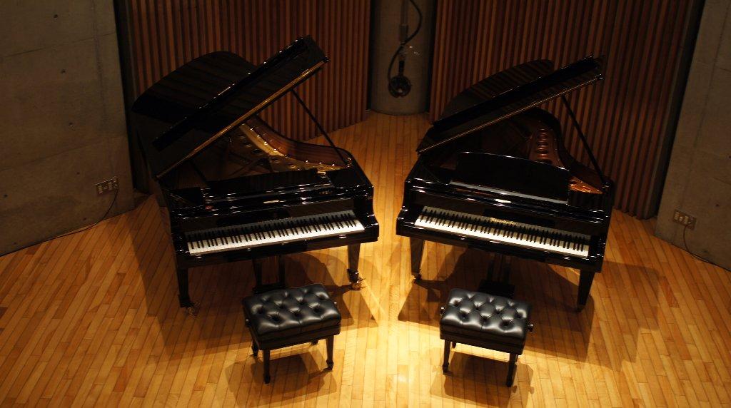 http://www.musicasa.co.jp/topics/101014_2pf2F.JPG