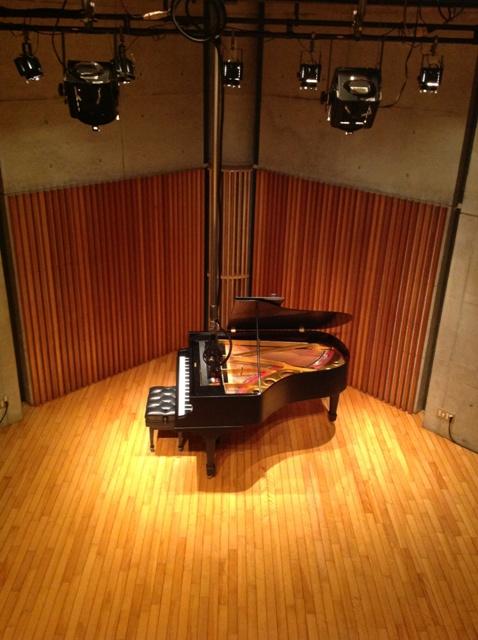 http://www.musicasa.co.jp/topics/130215-6.jpg