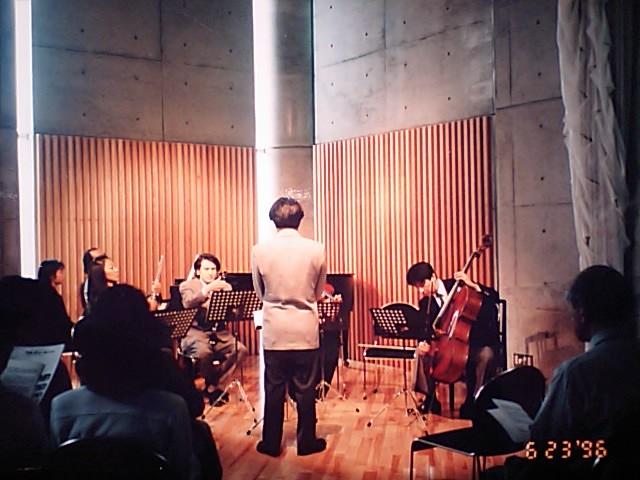 http://www.musicasa.co.jp/topics/19960623.JPG