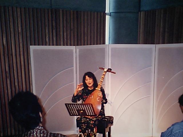 http://www.musicasa.co.jp/topics/19960915_1.JPG