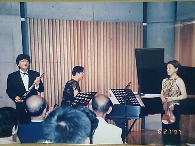 http://www.musicasa.co.jp/topics/19970627.JPG