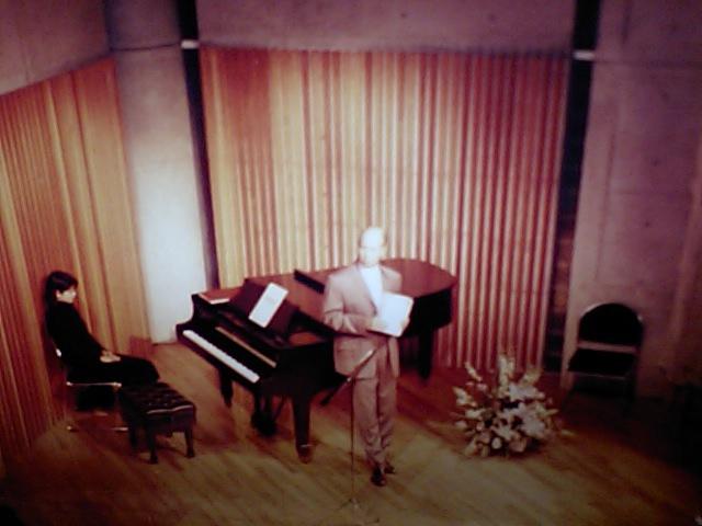 http://www.musicasa.co.jp/topics/19971126_1.JPG