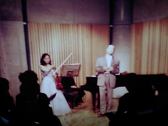 http://www.musicasa.co.jp/topics/19971126_2.JPG