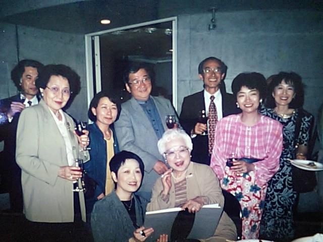 http://www.musicasa.co.jp/topics/19980422_2.JPG