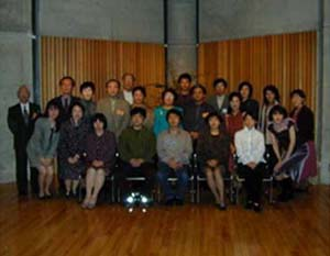 http://www.musicasa.co.jp/topics/200110iii.JPG